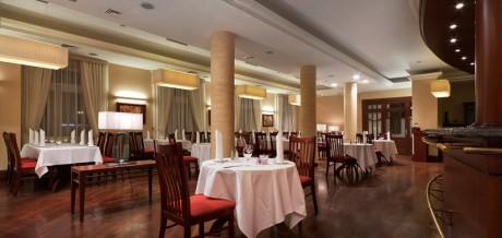 aranzacja-hotel-warminski-olsztyn-restauracja-desimo-01